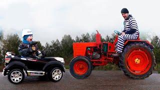 Малыш стал Полицейским и ловит Воришку на большом Тракторе