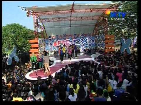 S9B - ACDC,Live Performed di Inbox (05/09) Courtesy SCTV