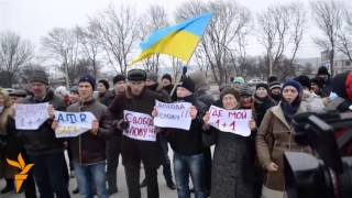 Protest in Simferopol over shutting down of terrestrial broadcasts