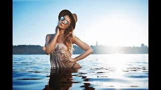 Пляжная фотосессия, неудобный отражатель, работа с моделью, съемка на закате.