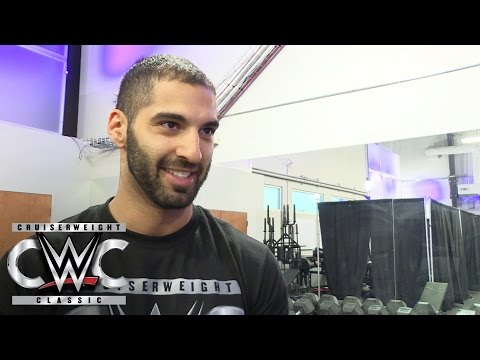 Ariya Daivari on growing up with a Superstar brother: July 5, 2016