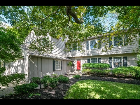 Cherry Hill NJ Home For Sale. 114 Nantucket Dr. Barclay Farm.