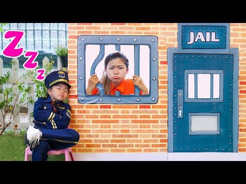 Suri Kid Cop LOCKED UP Auntie in Pretend Jail Toy
