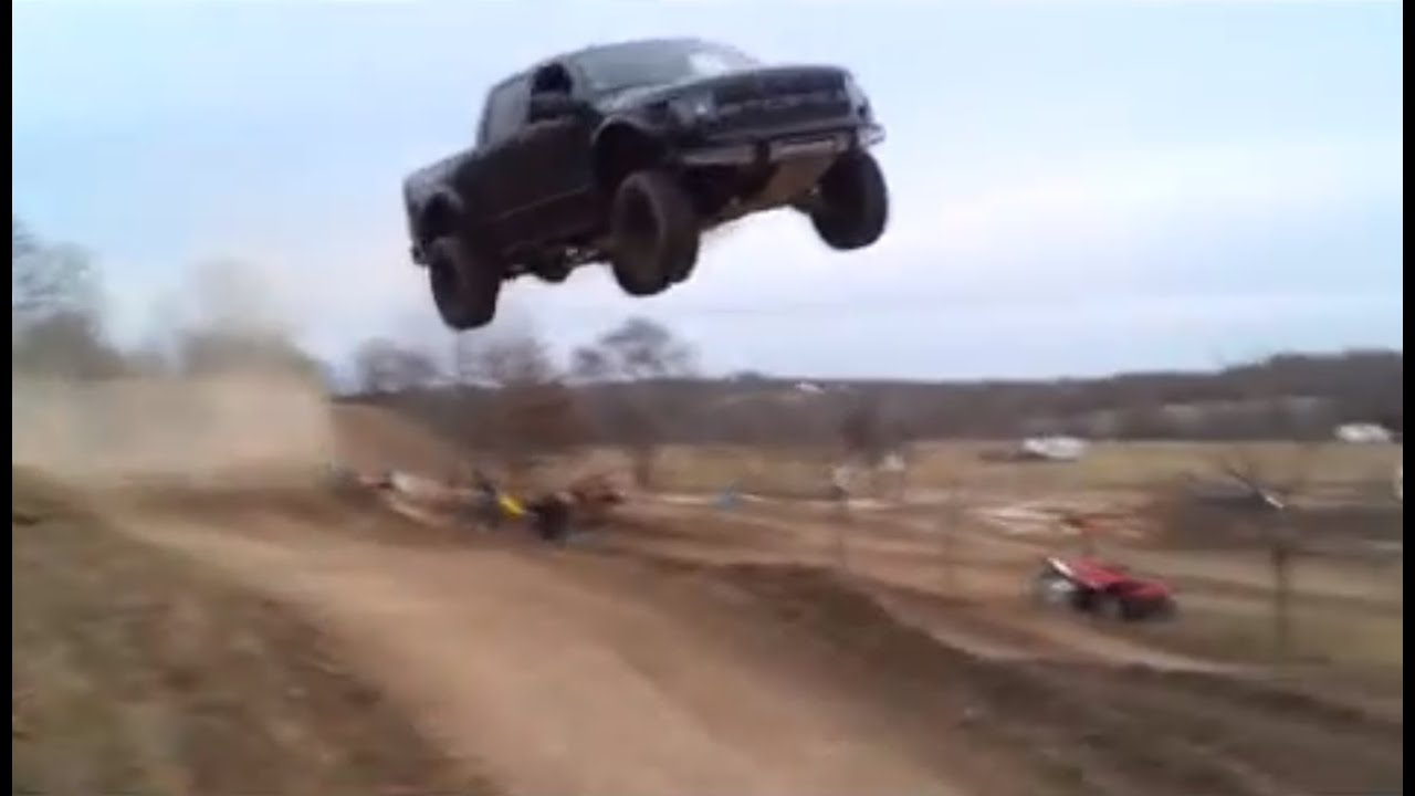 Ford Raptor Jumps 90 Feet Youtube
