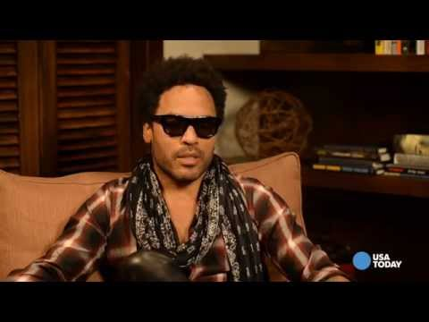 Lenny Kravitz reveals his secret to sexy abs