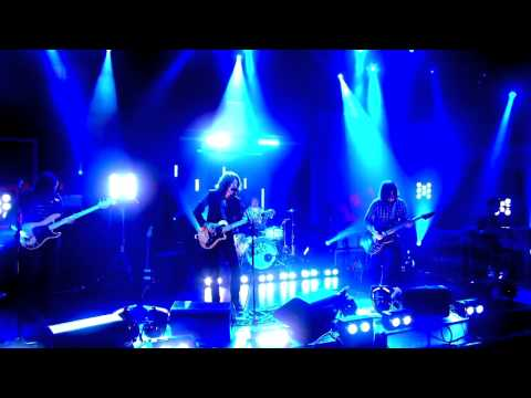 Arctic Monkeys  on BBC HD  Crying Lightning