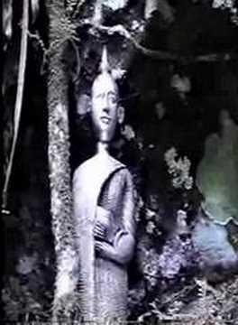 Preah Sathormatevareik, the Future Maitreya Buddha
