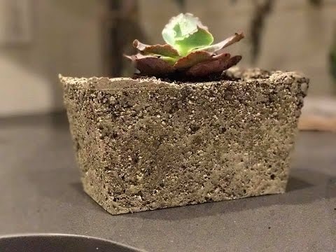Light-weight concrete planters - Garden DIY