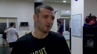 Кикбоксер Даци Дациев вернулся в Саратов с триумфальной победой