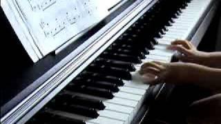 「チューリップ」を5歳のこどもがピアノで弾きました!