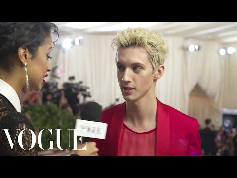 Troye Sivan on Unironically Loving Vegemite   Met Gala 2018 With Liza Koshy   Vogue