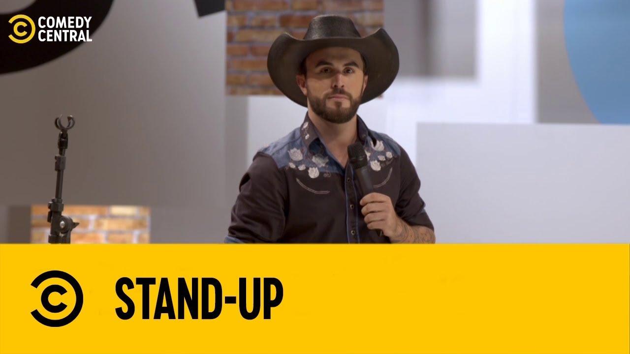 Marcus Cirillo foi parar na delegacia! | Stand Up no Comedy Central