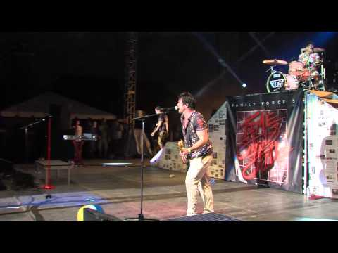 Crank It Like A Chainsaw Live at Creation 2014