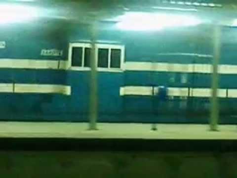 Trem noturno de manutenção, estação ferroviária de Triagem (RJ)