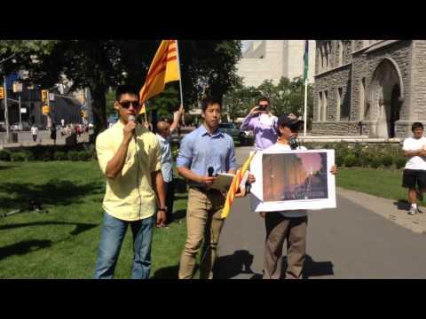On Sept 2nd 2014 Vietnamese Community protest Major Jim Watson in Ottawa to fly the Vietnam Communis