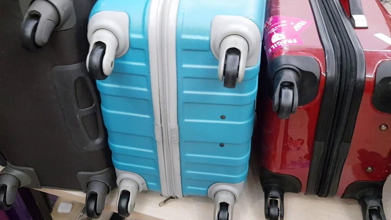 Thay bánh xe vali Sakos tại Hà Nội