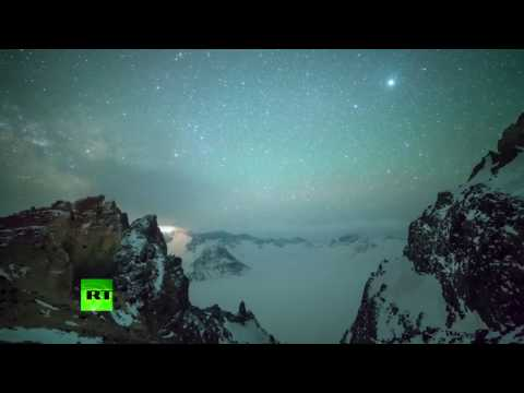 Lyrid meteor shower creates dazzling scenery in sky in China