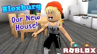 ROBLOX BLOXBURG ROLEPLAY SERIES STORY PT 4 WITH MY SISTER LYRONYX! OUR NEW HOUSE! BEST DAY EVER