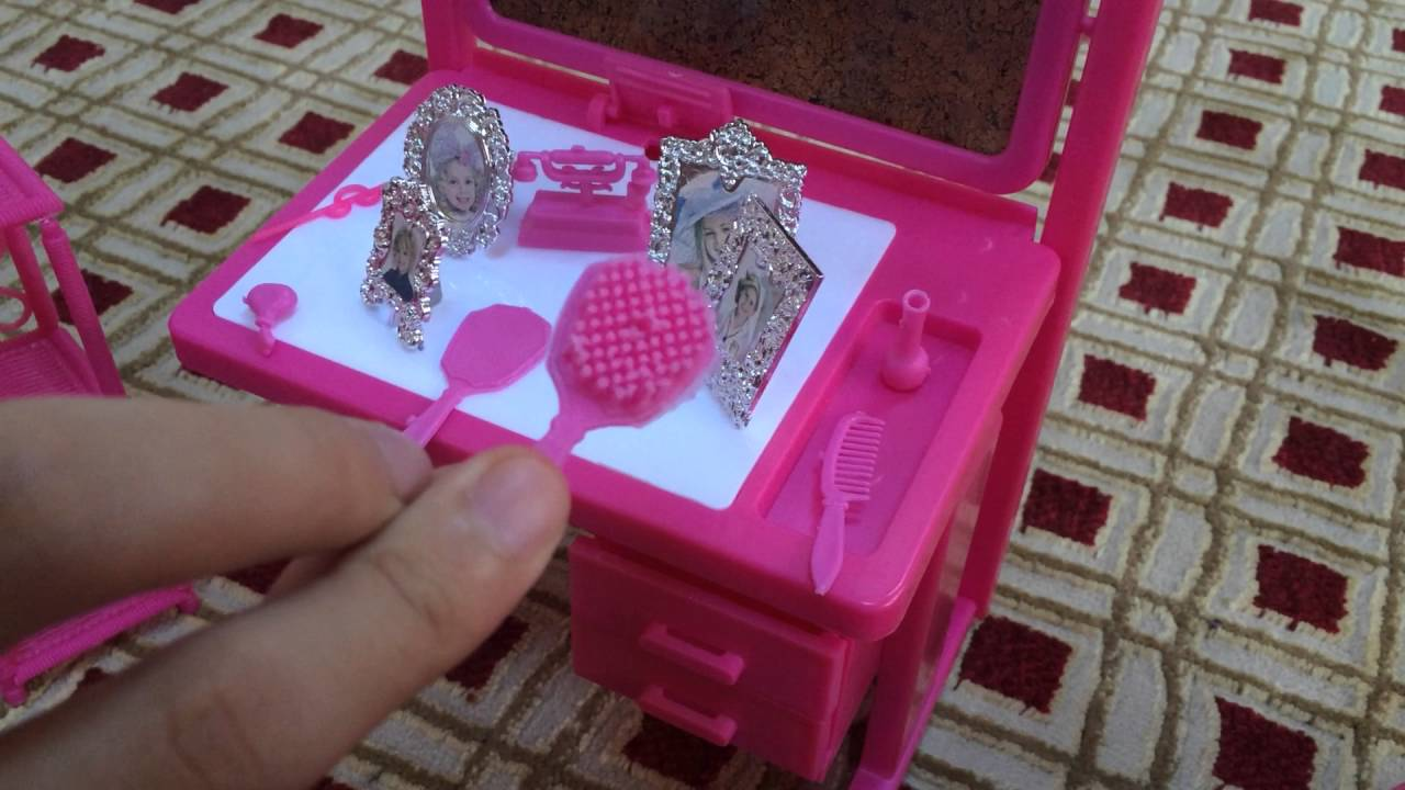Tiny Miniature Jewelry Makeup Mirror