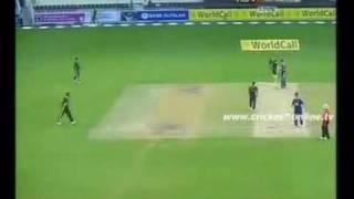 Pakistan vs England 2nd T20 Highlights Dubai 2010 - Cricket part 1 of 5.mp4