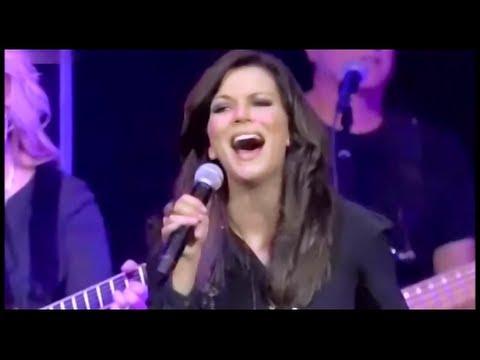 Martina Mcbride Rose Garden Live Hd With Lyrics Youtube