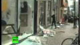 Broken windows, burnt cars left by G20 riots in Toronto