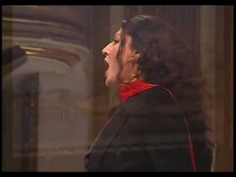 Diva JADRANKA JOVANOVIC Habanera CARMEN - L'amour est un oiseau rebelle - fascinating