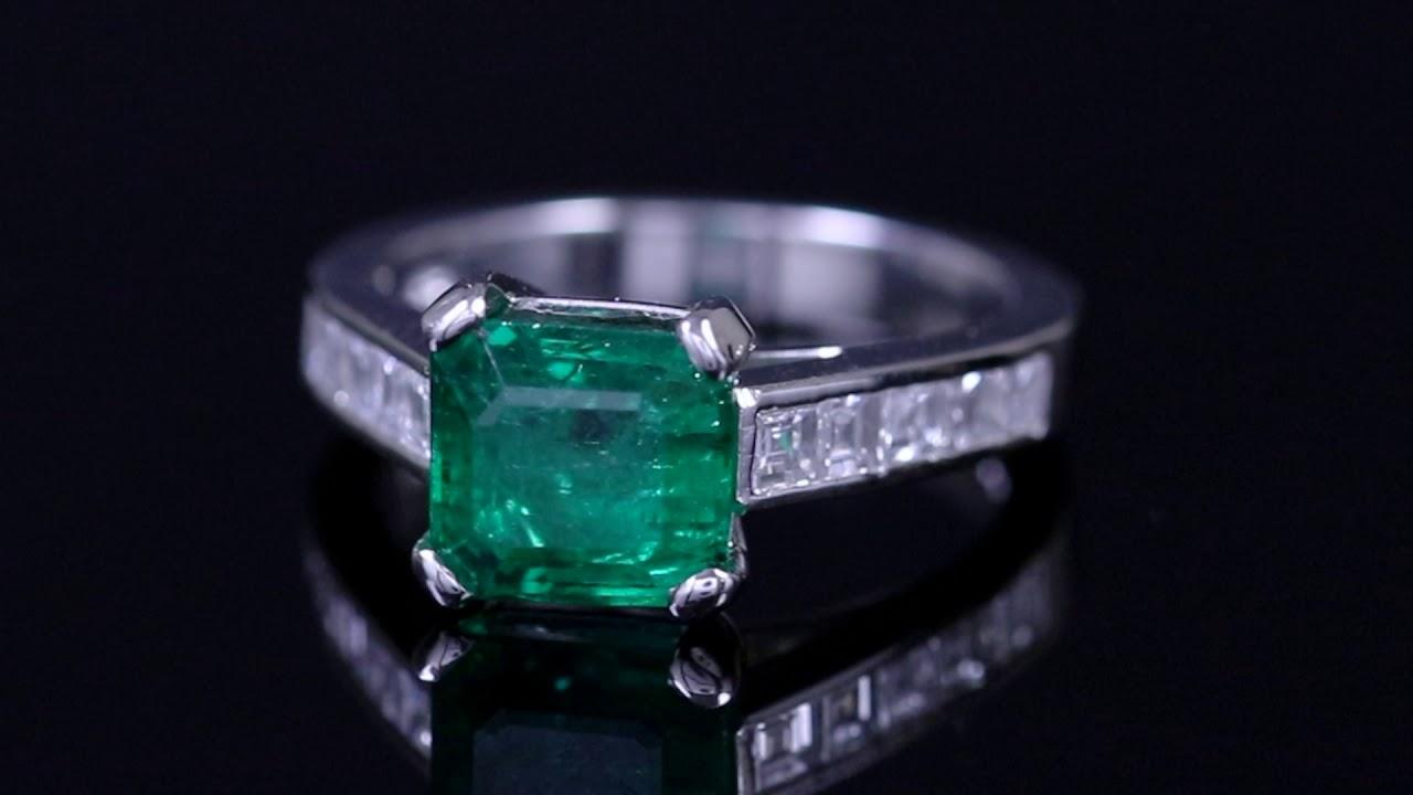 Vintage Emerald Diamond Ring Platinum