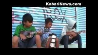 Kisah Teguh Pengamen Jalanan - Kabari News
