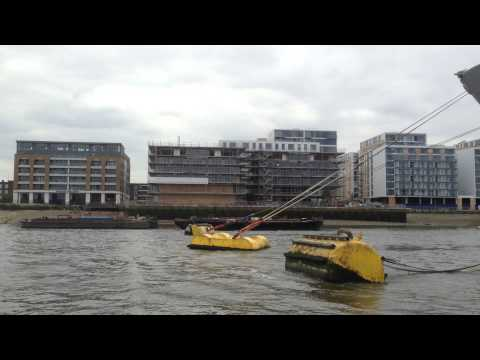 Bank of River Thames 2