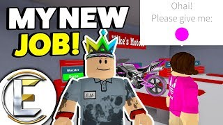 MY NEW JOB! - Roblox Bloxburg Roleplay (My New Job As A Mechanic Is An Awesome Way To Make Money!)