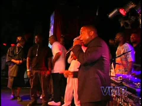 Doug E.Fresh and Kurtis Blow perform