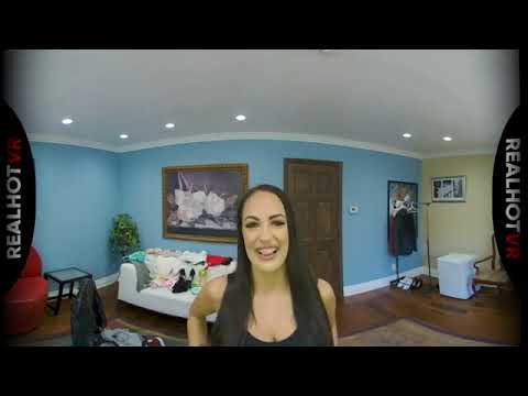 RealHotVR - Sofi Ryan - This is a virtual reality video. Watch in VR headset indir