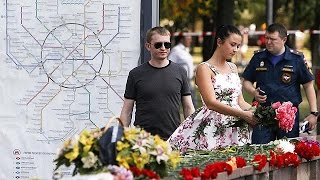 Moscow metro workers arrested over crash
