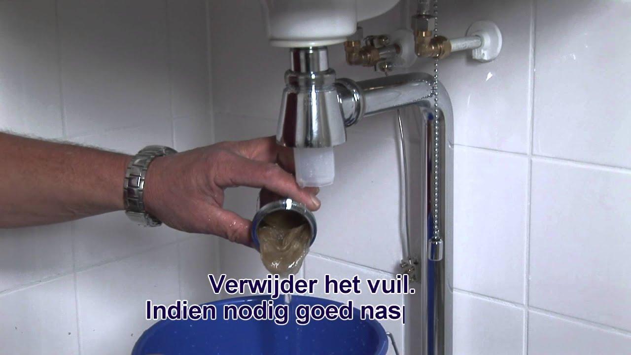 Wasbak Toilet Karwei : Lekkende sifon wastafel images afvoer aansluiten toilet of