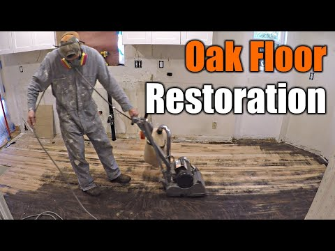How To Restore Damaged Oak Floors | THE HANDYMAN |