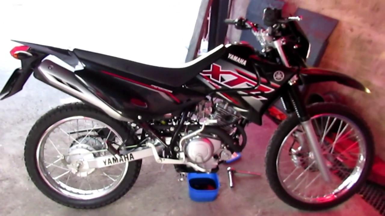 Cambio de aceite yamaha xtz 125 ybr 125 youtube for Yamaha xtz 125