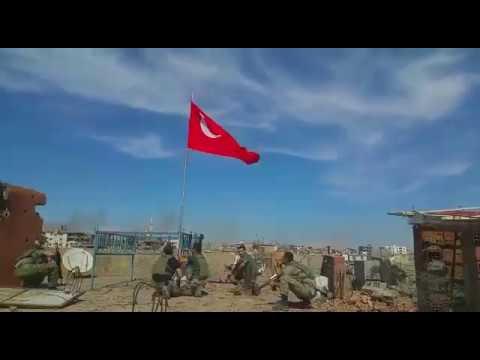 Komandoların bayrak sevgisi