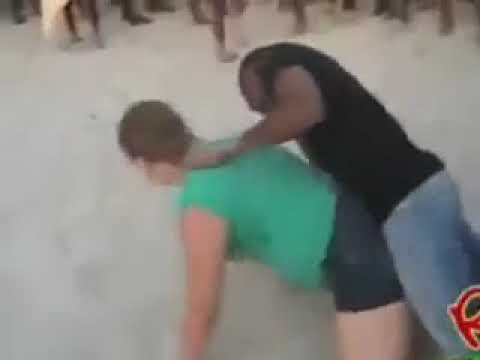 Afrikada turist olmak :) Dans ayagına taciz