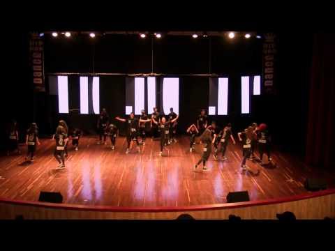 DANCE HOLIC - Bogota, Categoria Mega Crew.