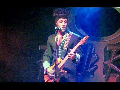 Purple Reign Performs - Purple Rain  Live In Las Vegas