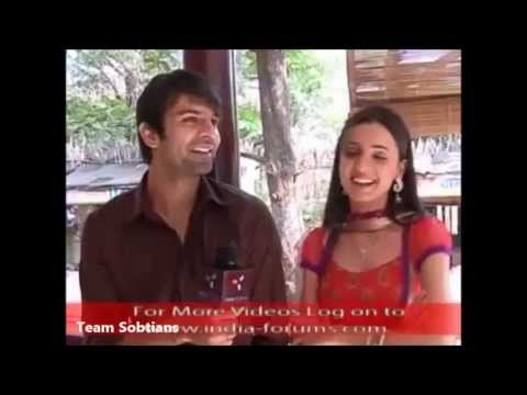 Barun Sobti and Sanaya Irani off screen masti, TS gift on 2nd Anniversary