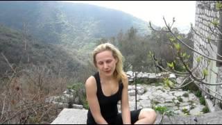 Первый урок. Йога для Начинающих. Видео урок в Горах