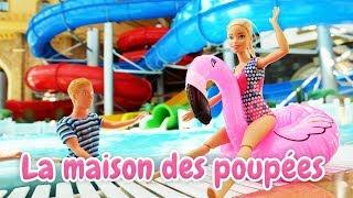 Poupées Barbie et Ken en français pour enfants. Au parc aquatique