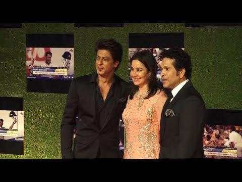 Shah Rukh Khan At Special Screening Of Sachin : A Billion Dreams