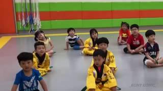 iKON - LOVE SCENARIO (아이콘 - 사랑을 했다) HELLO CHILDREN, LOVE SONG FOR KID PART 2