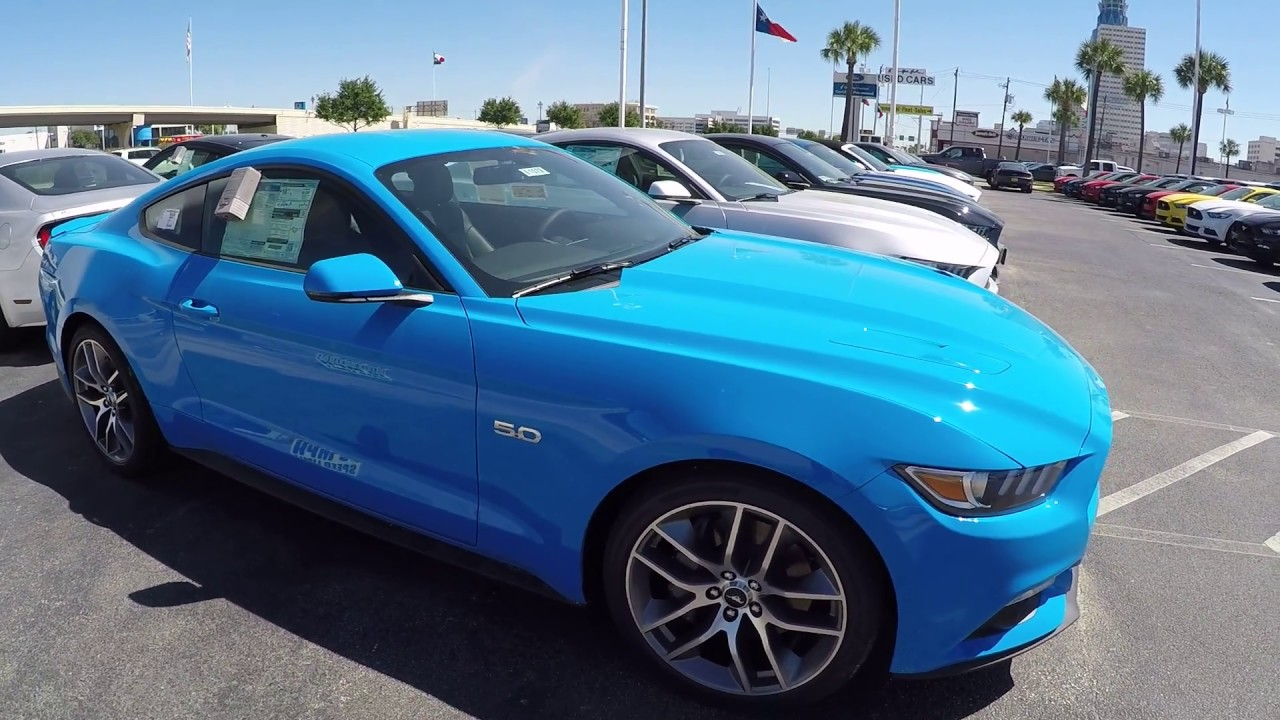 Grabber Blue 2017 Mustang Gt Youtube