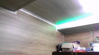 видео Обшивка стен деревянными панелями