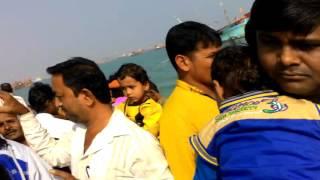 Bhait Dwaraka in a Boat
