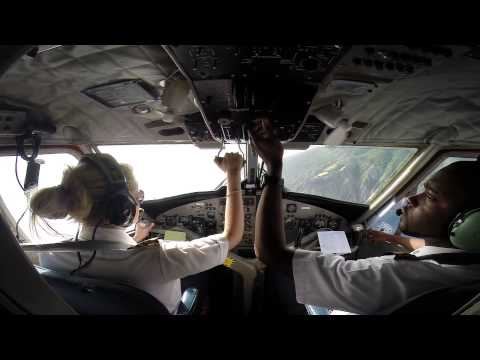 Winair DHC-6 Twin Otter Landing (Cockpit View) in Saba. The Shortest Runway in the World
